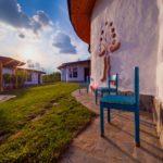 Cob Village: 5 căsuțe eco în Buzău